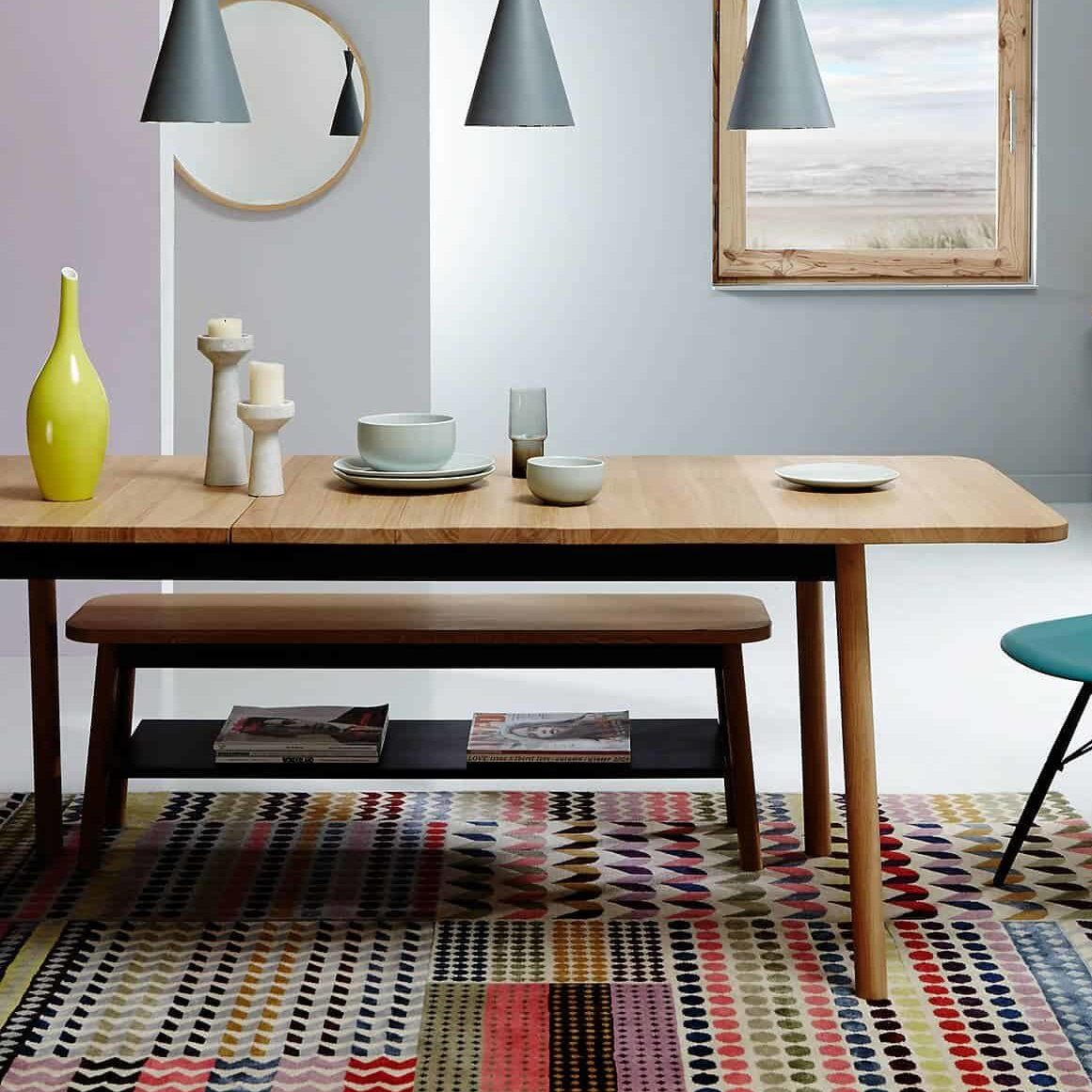 Semley_table_extendable_another_country