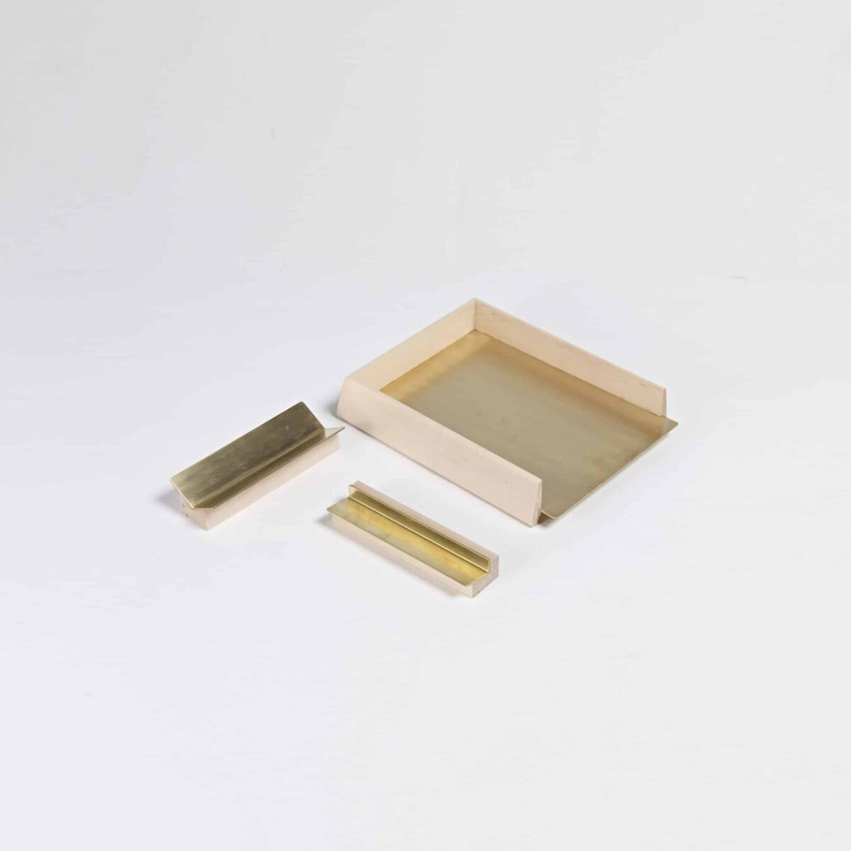 Another-country-desktop-two-papertray-brass-004