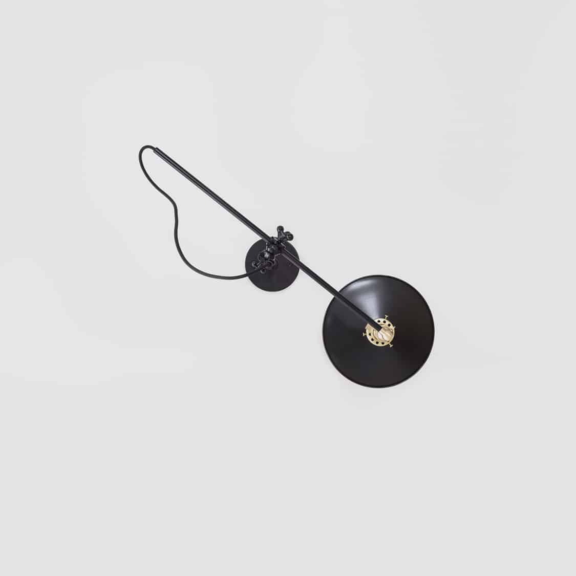Black-Wall-Lamp_Middle_Hardwired