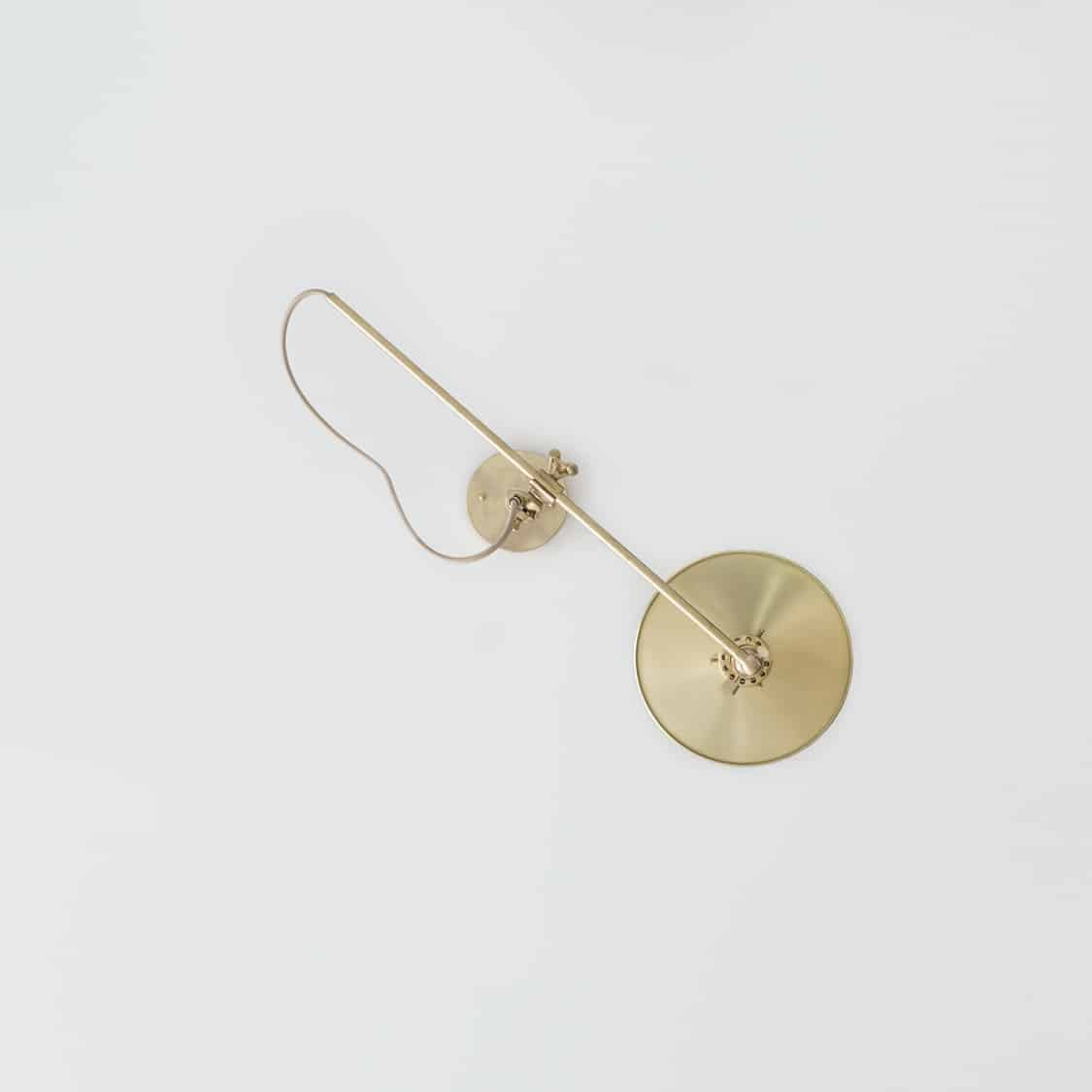 Brass-Wall-Lamp_Middle_Hardwired