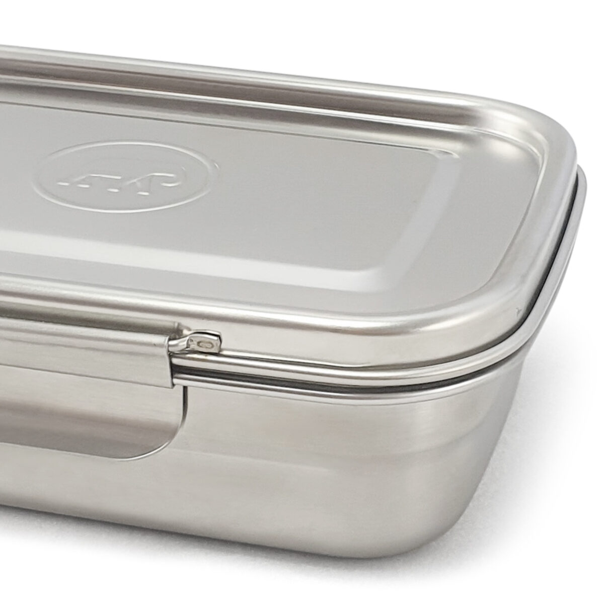 Clip and Seal Lunchbox with Divider_detail_web
