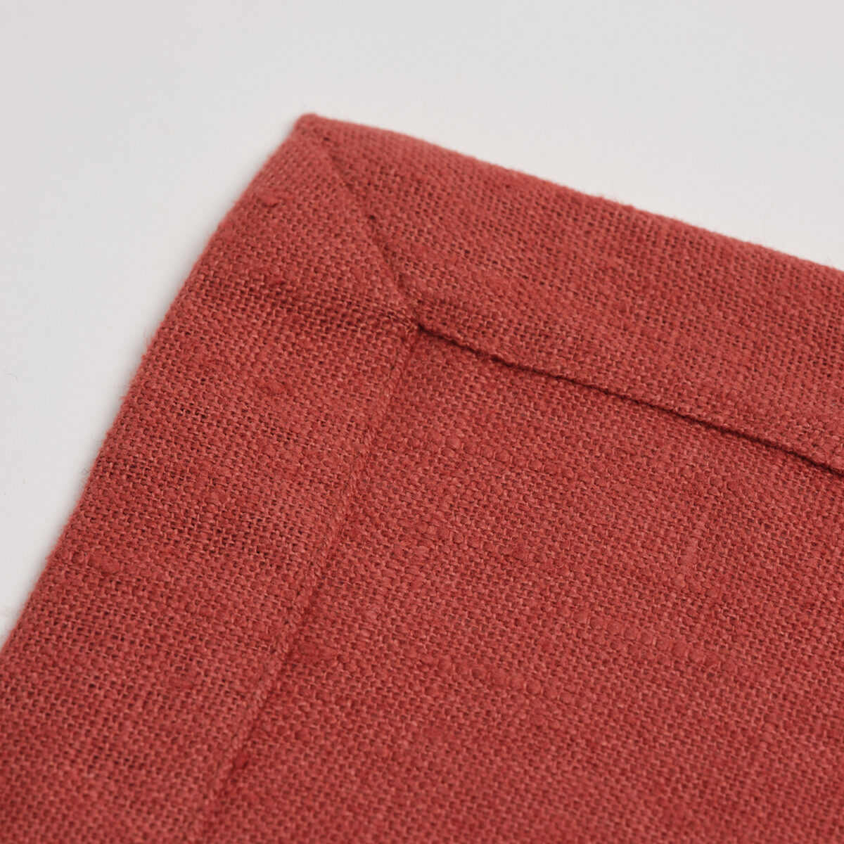 French Linen Rust Placemat 02