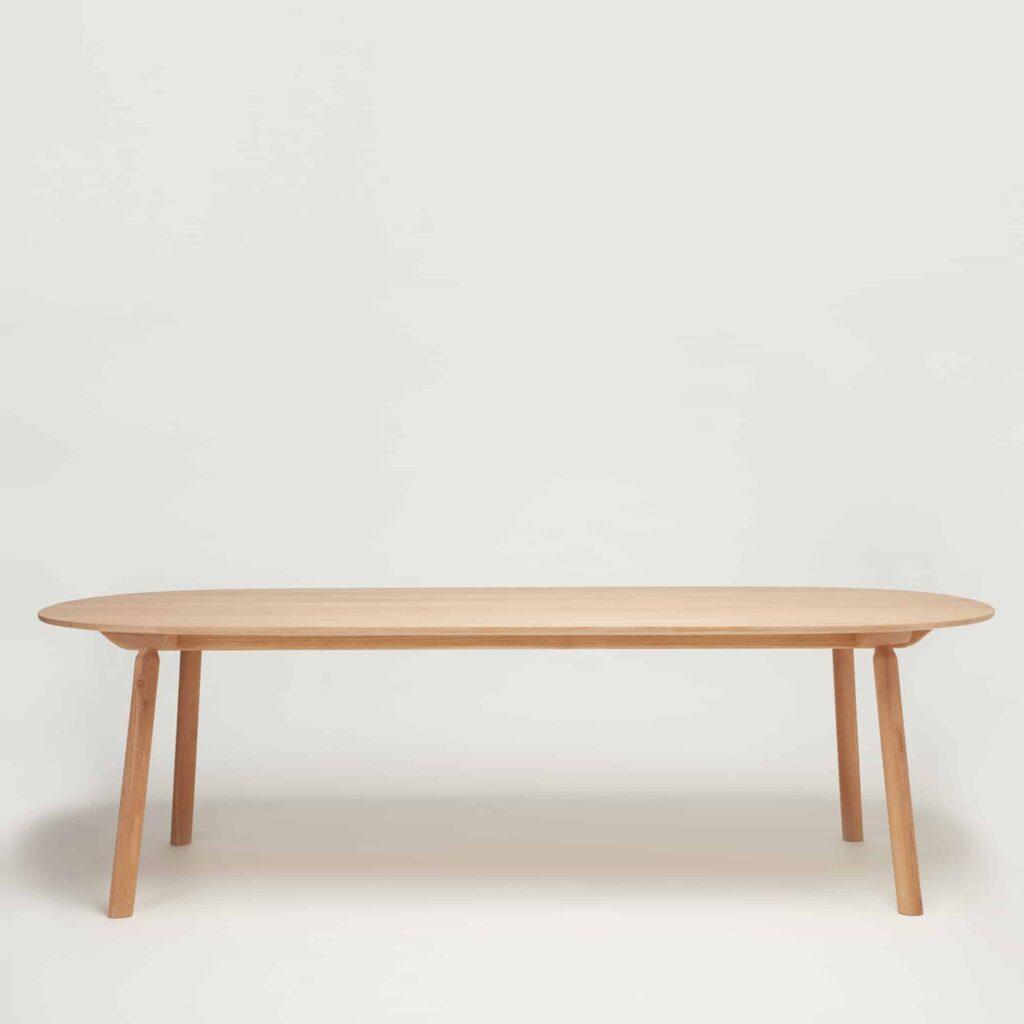 Hardy Dining Table in Oak