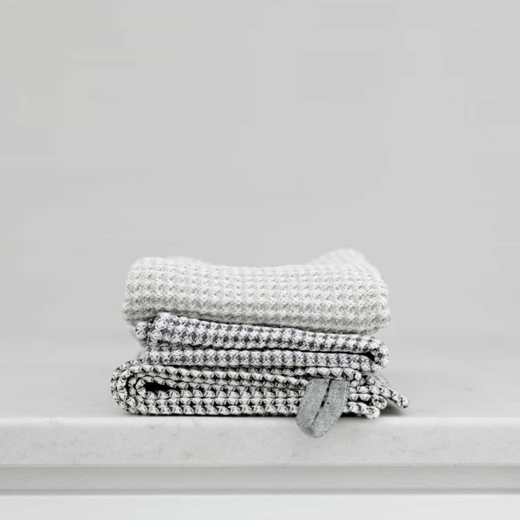Kind_For_Dogs_Waffle_Linen_Towels_001
