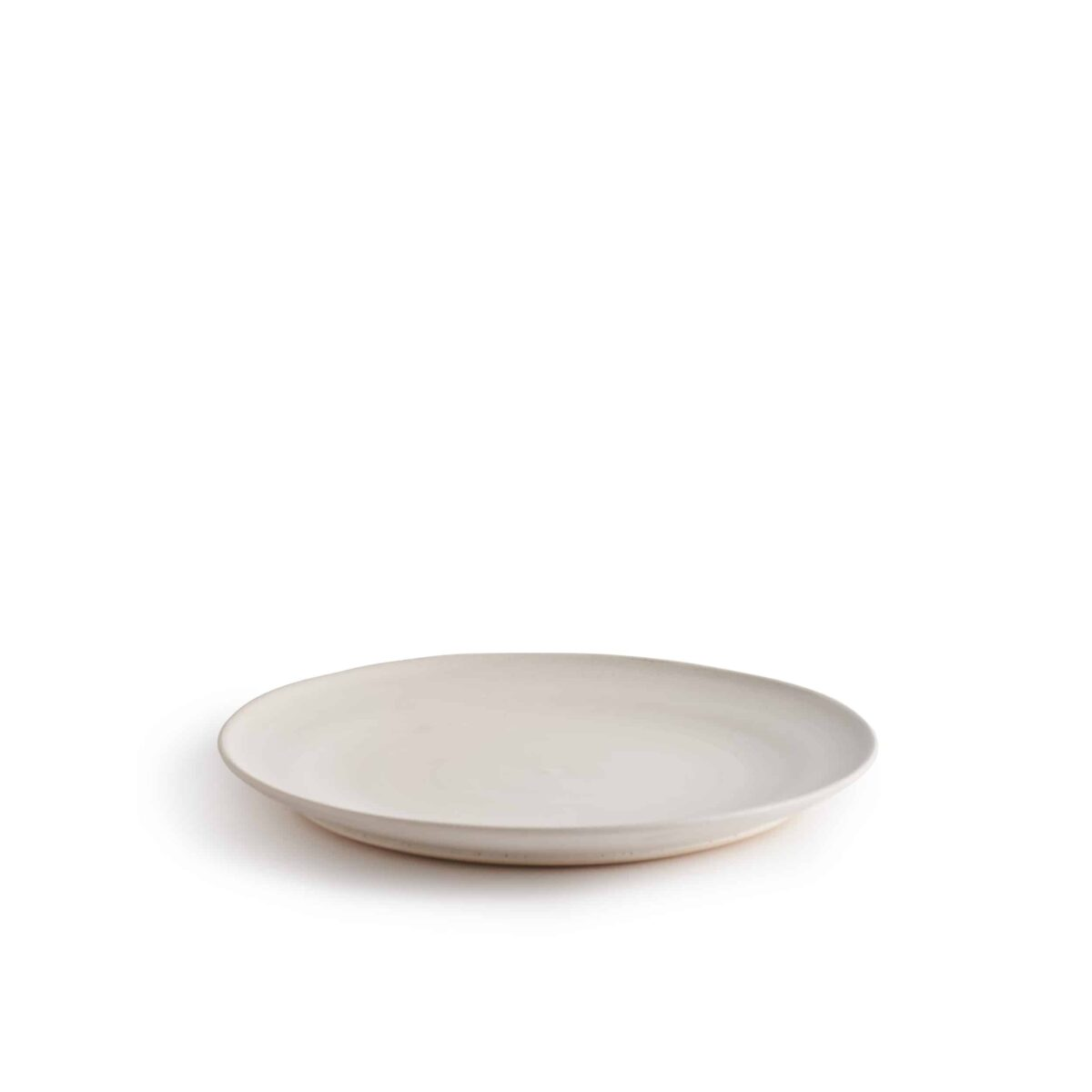 Marland Dinner Plate Matt White – Another Country – Photo Credit Yeshen Venema – web ready -21.11.184222