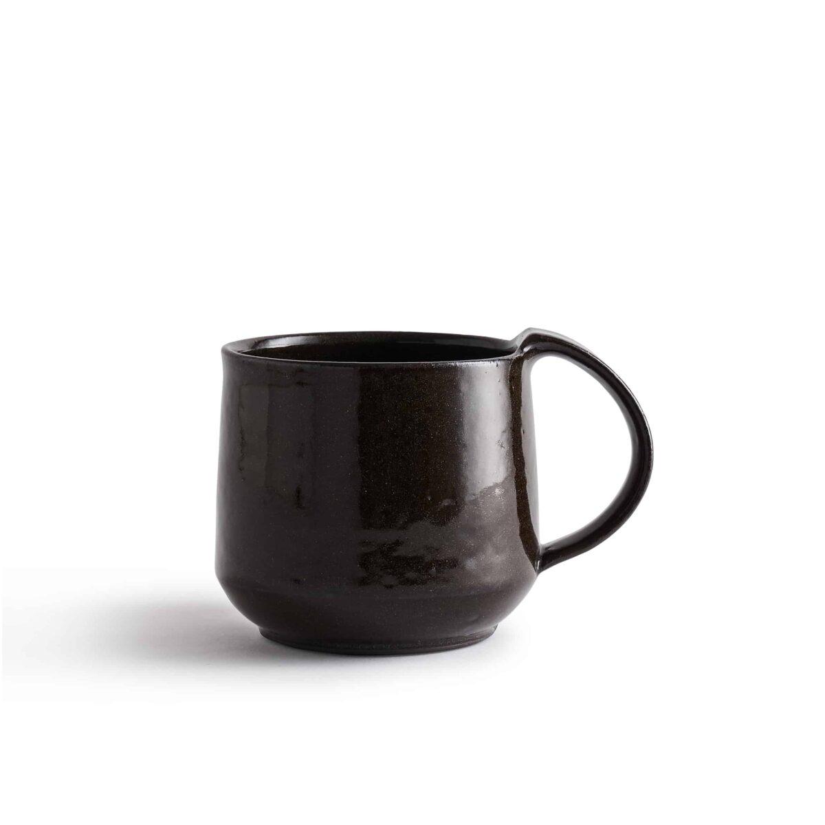 Marland Mug Black Gloss – Another Country – Photo Credit Yeshen Venema – web ready -21.11.185282