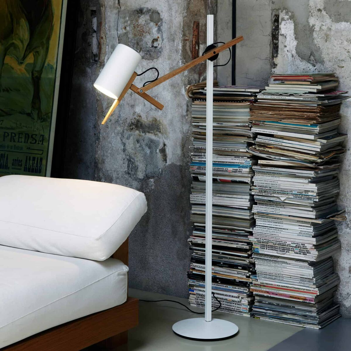 Marset Scantling Floor Lamp – White