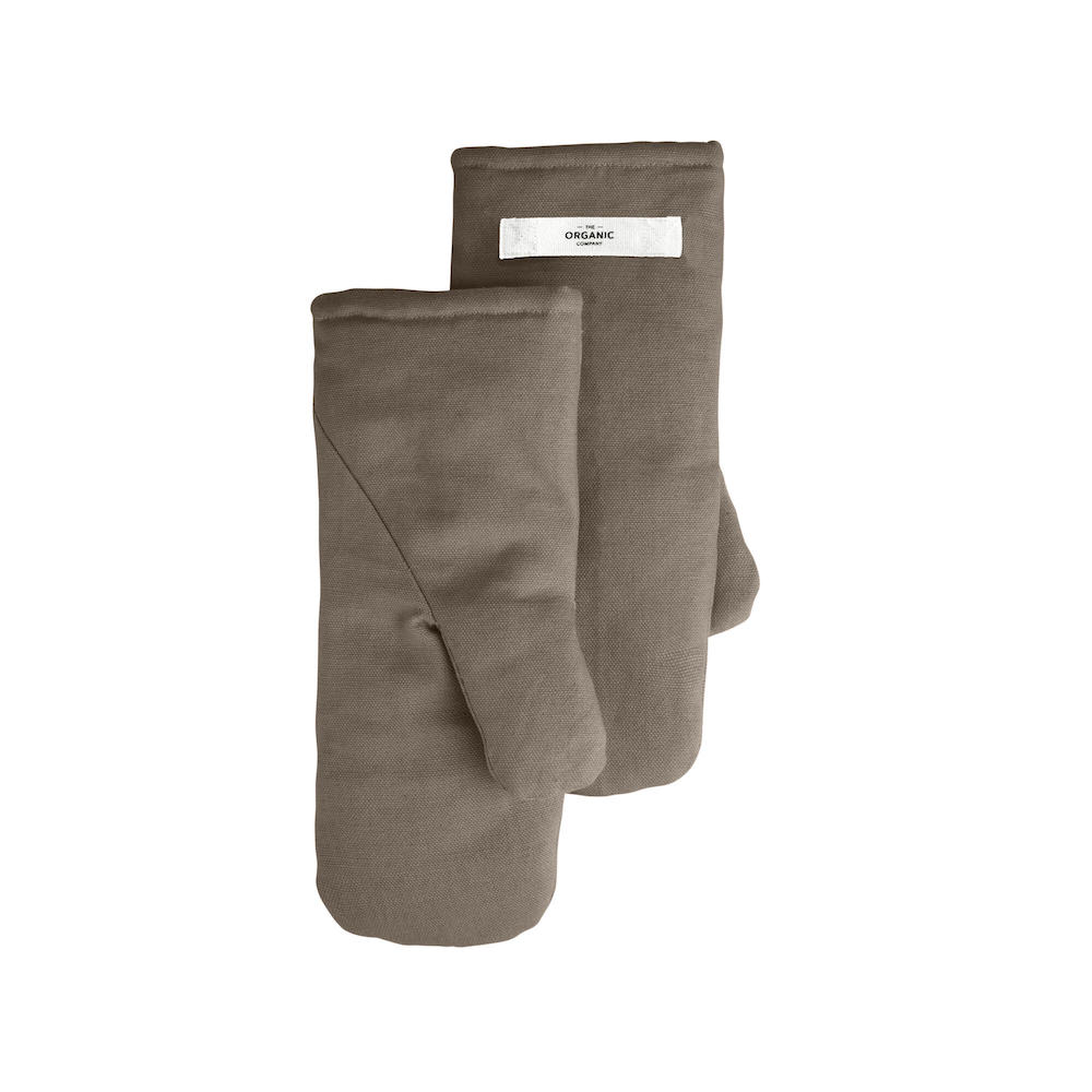 Organic cotton oven mitts (pair of 2), padded, in warm clay that hides stains. Designed in Denmark for a sustainable, stylish kitchen. Medium, 14x31cm.