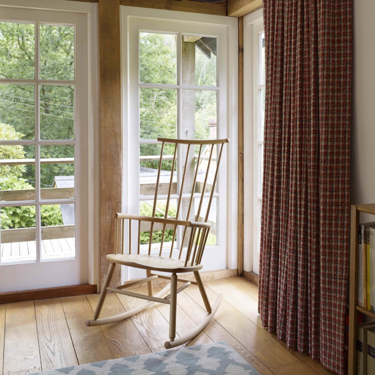 Hardy_Rocker_Oak_In-Situ