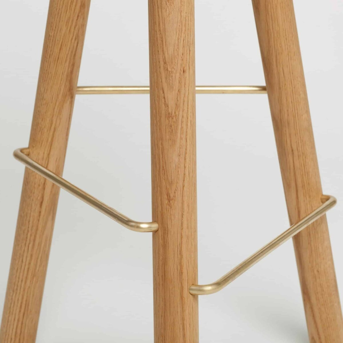 another-country-bar-stool-one-oak-natural-004