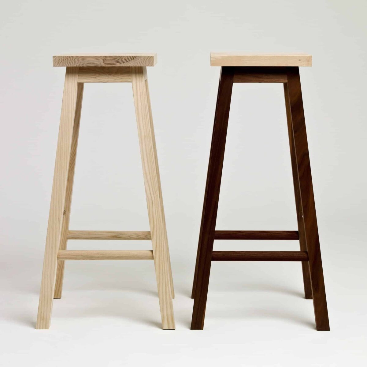 another-country-bar-stool-two-ash-natural-ash-walnut-natural-001_c1768d0c-59bb-45be-8bb1-cd7ee1cdf1de