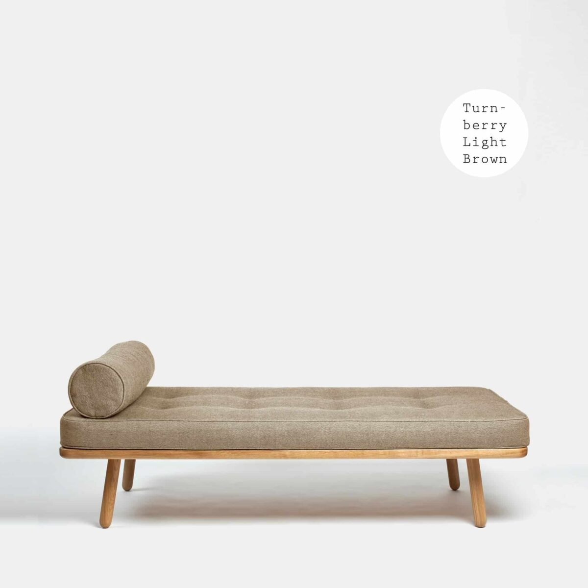another-country-day-bed-one-oak-natural–mattress-1-bolster-turnberry-light-brown-001