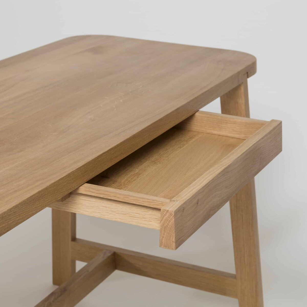 another-country-desk-three-oak-drawer-detail