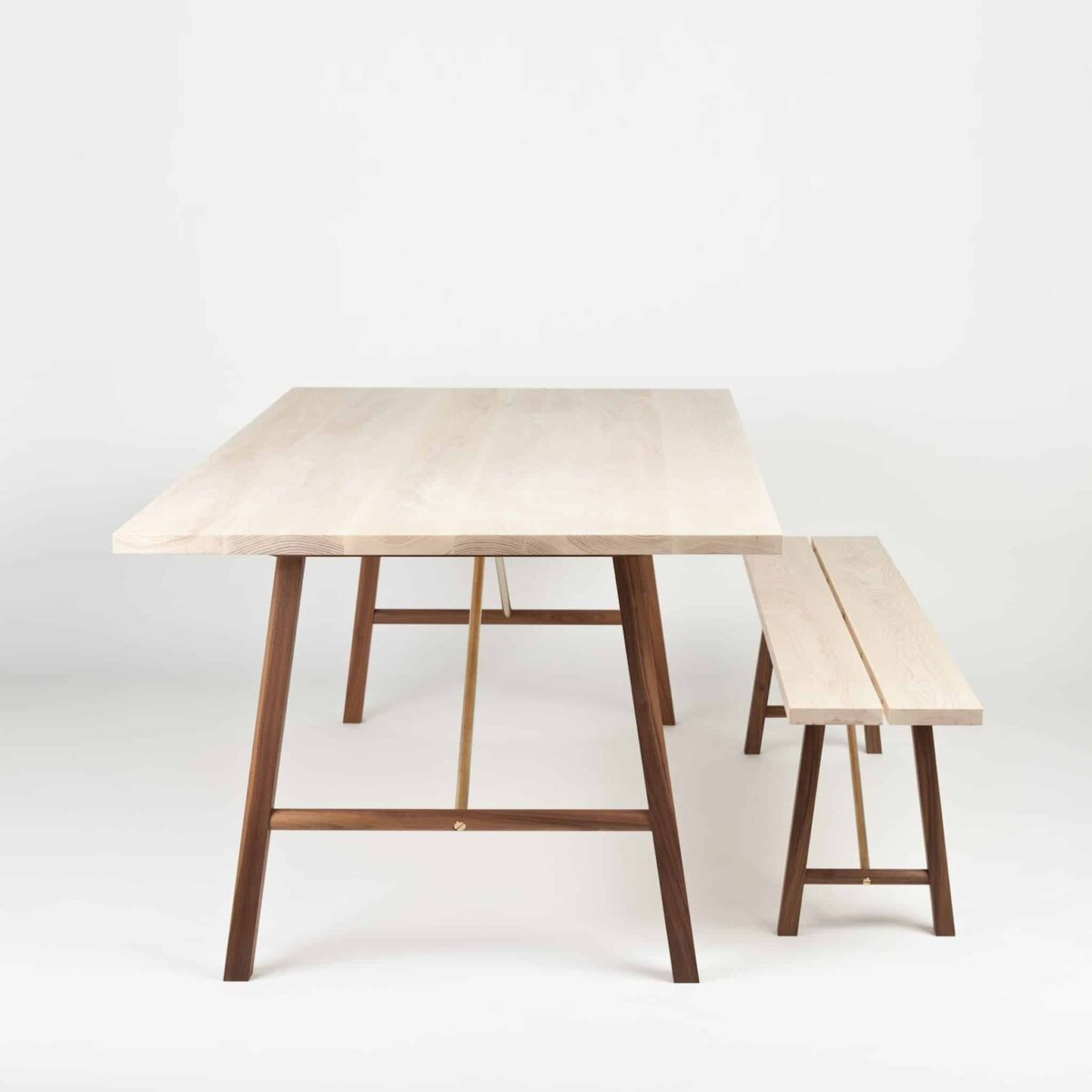 another-country-seating-bench-two-ash-walnut-natural-003