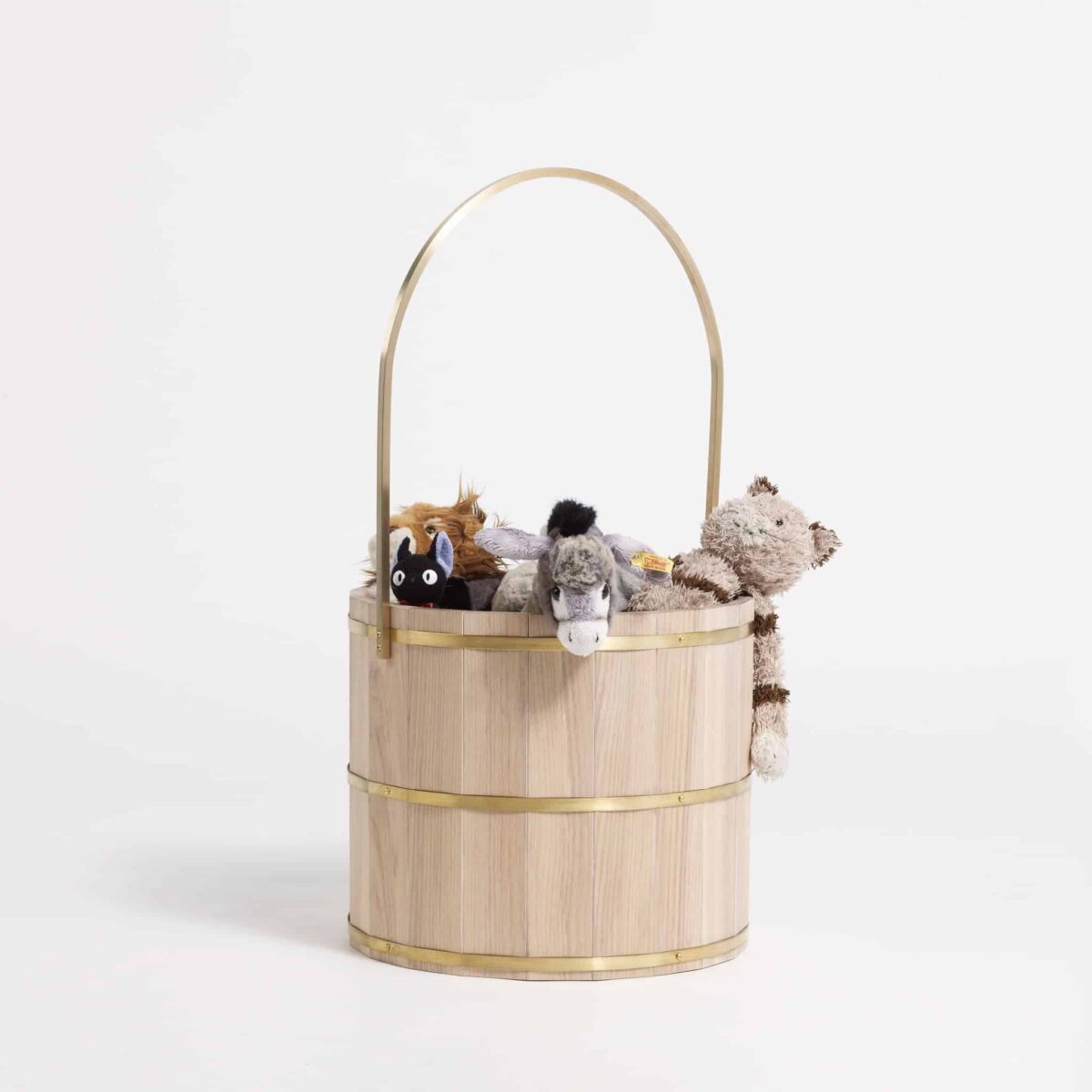 another-country-series-two-bucket-004