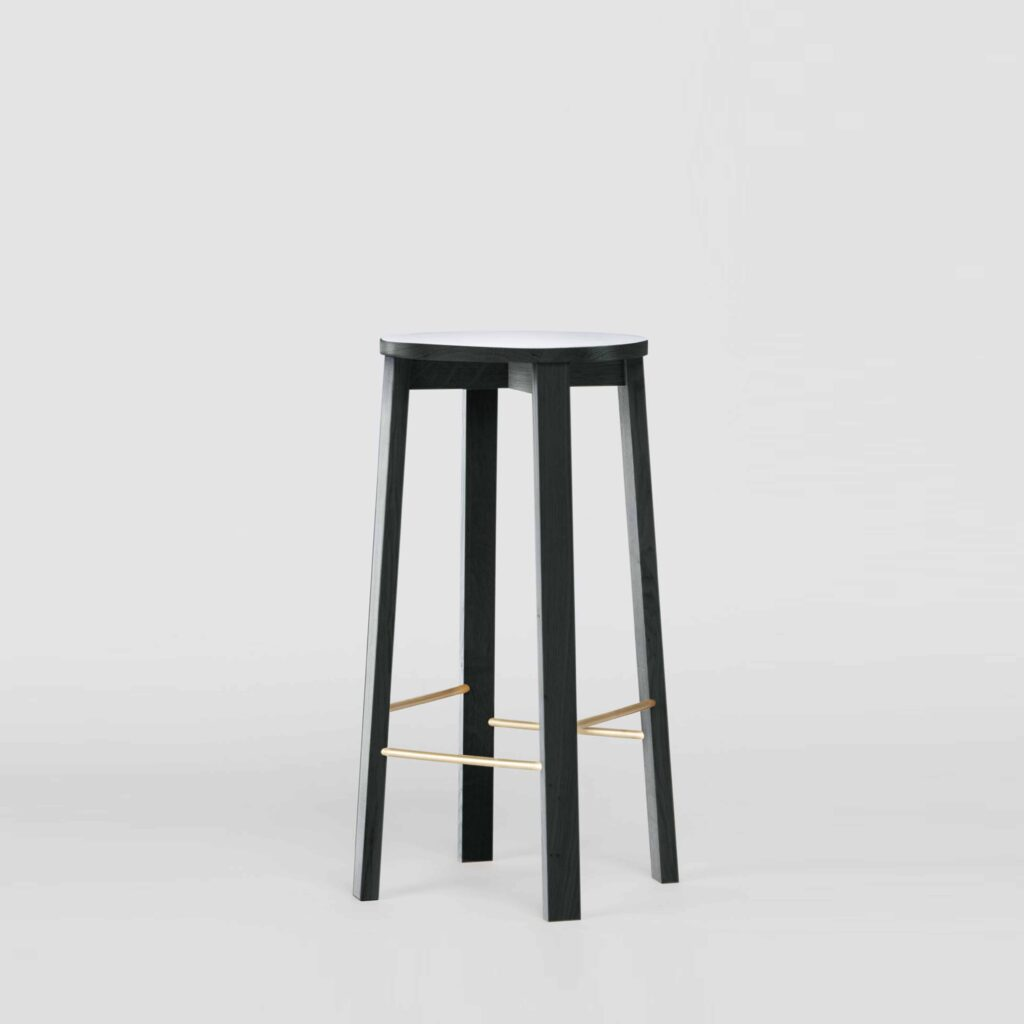 Bar stool four in dutch monument green