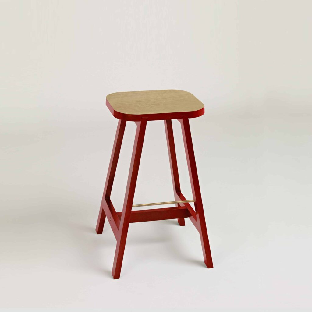 Bar stool three in red lacquered oak