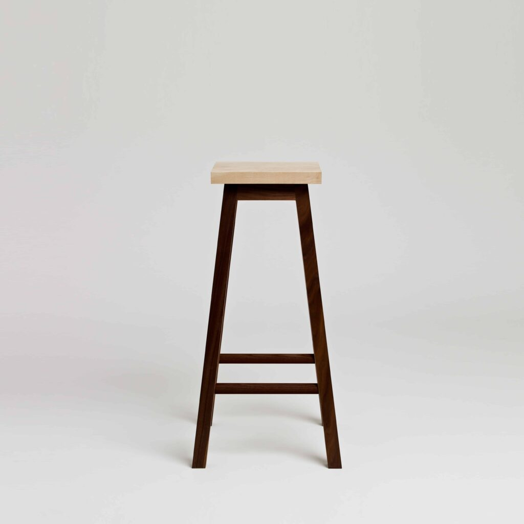 Bar stool two in walnut and ash