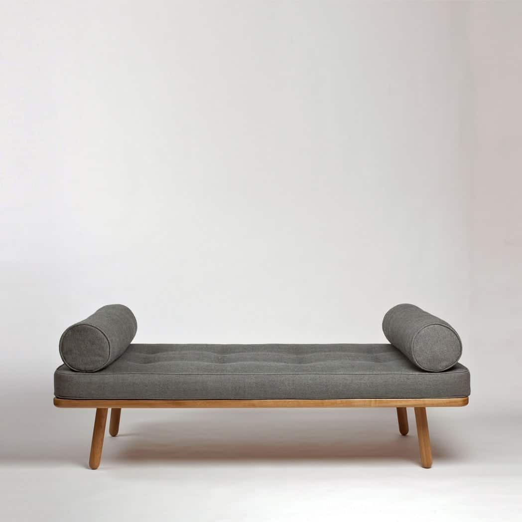 oak daybed