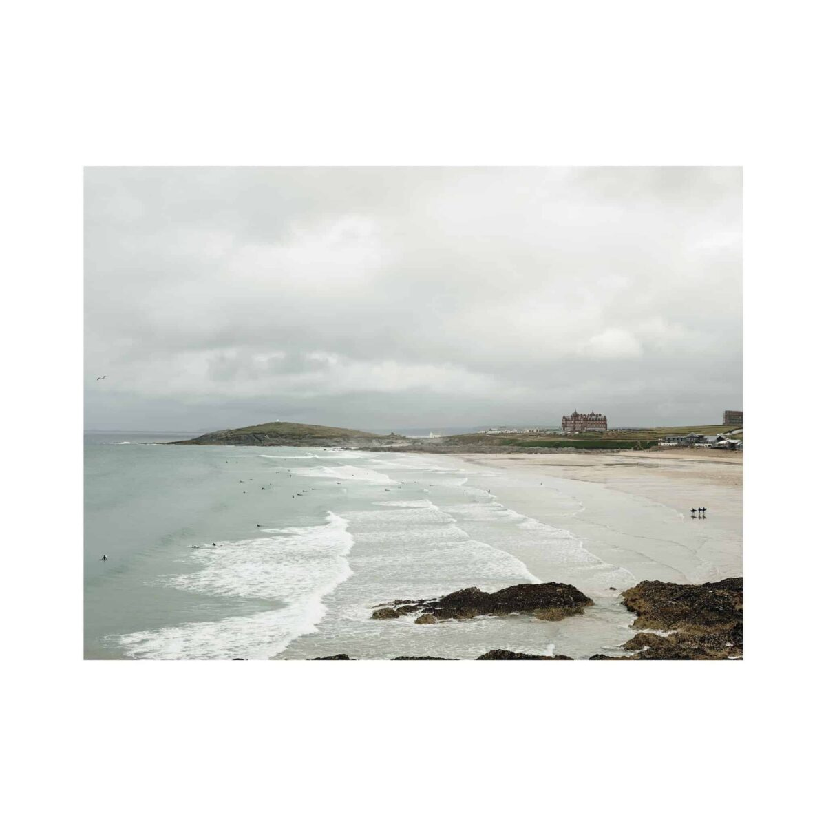 fistral-bay-a1-print-only-tom-shaw-another-country_7e407bd1-a3eb-4b59-af04-bbed25a86c0c.jpg