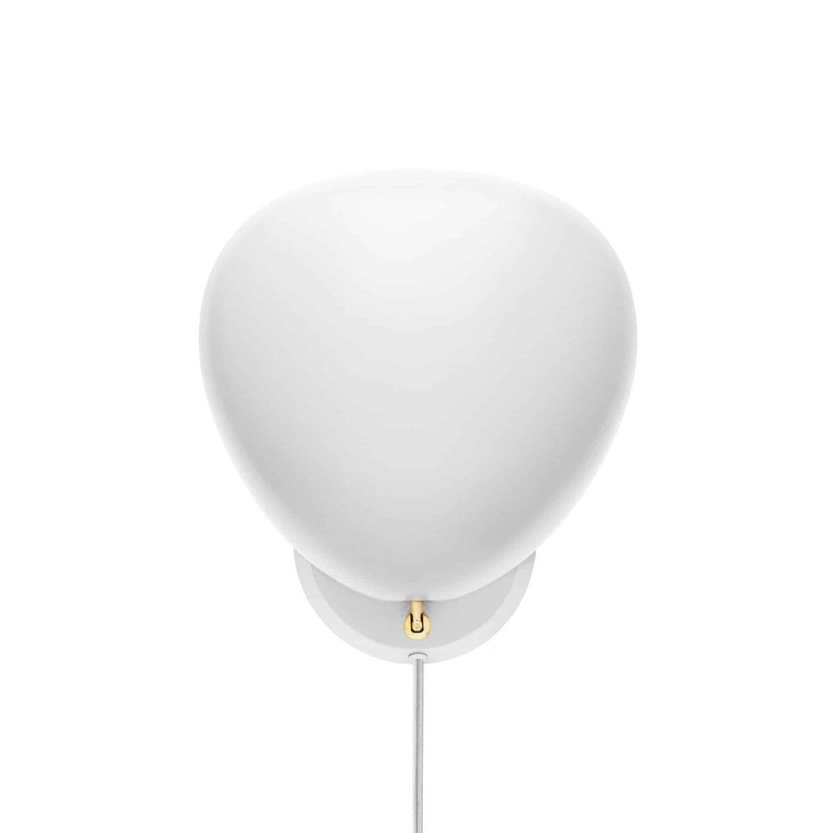 gubi-cobra-wall-lamp-matt-white-001