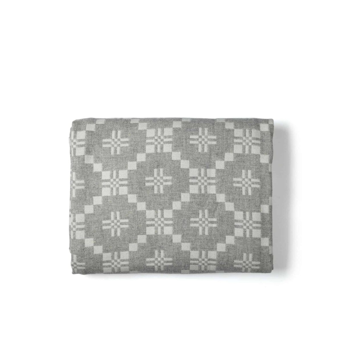 melin-t-st-davids-cross-blanket-grey-another-country-002