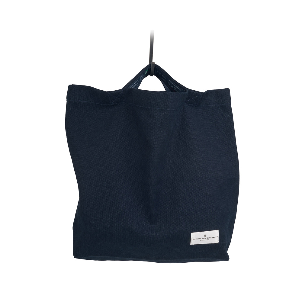 Canvas shopper bag in organic cotton, with comfortable short integrated handles.