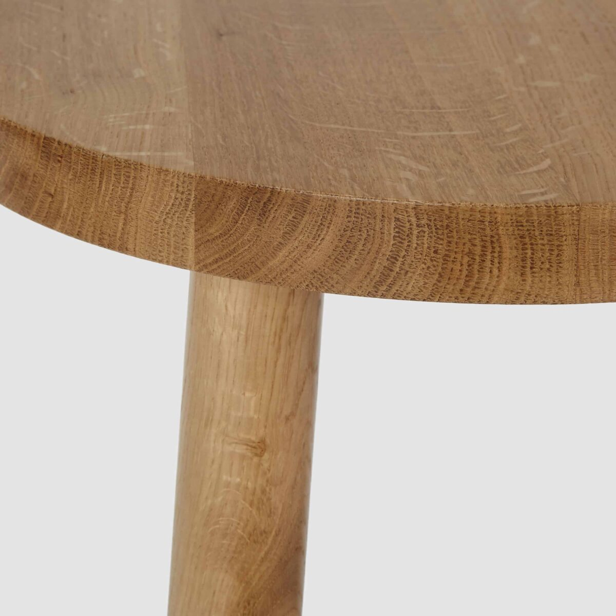 semley-side-table-oak-another-country-003