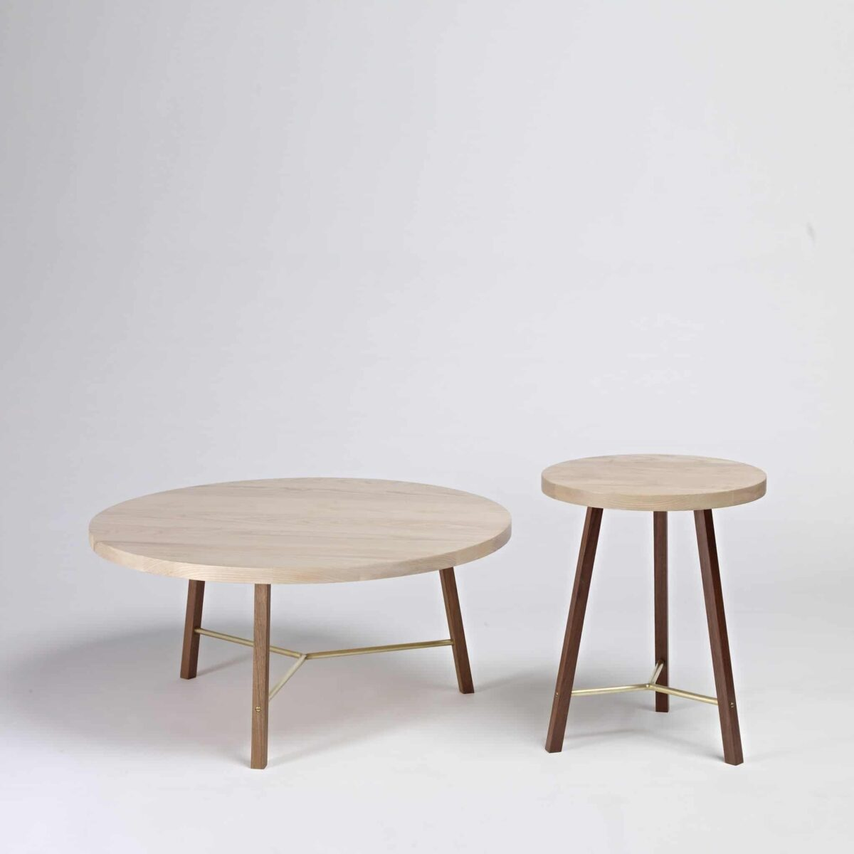 series-two-coffee-table-round-another-country-005