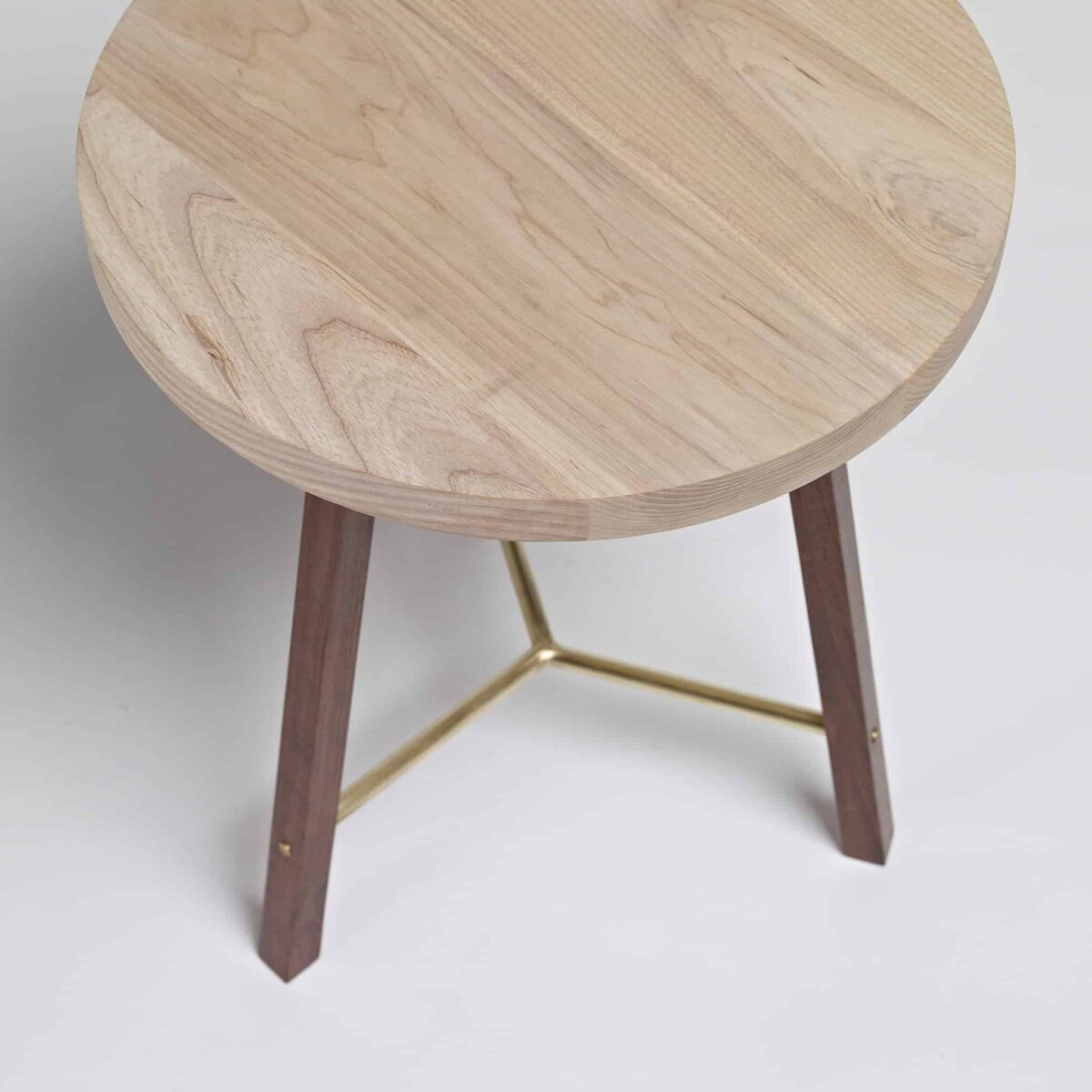 series-two-side-table-round-another-country-003