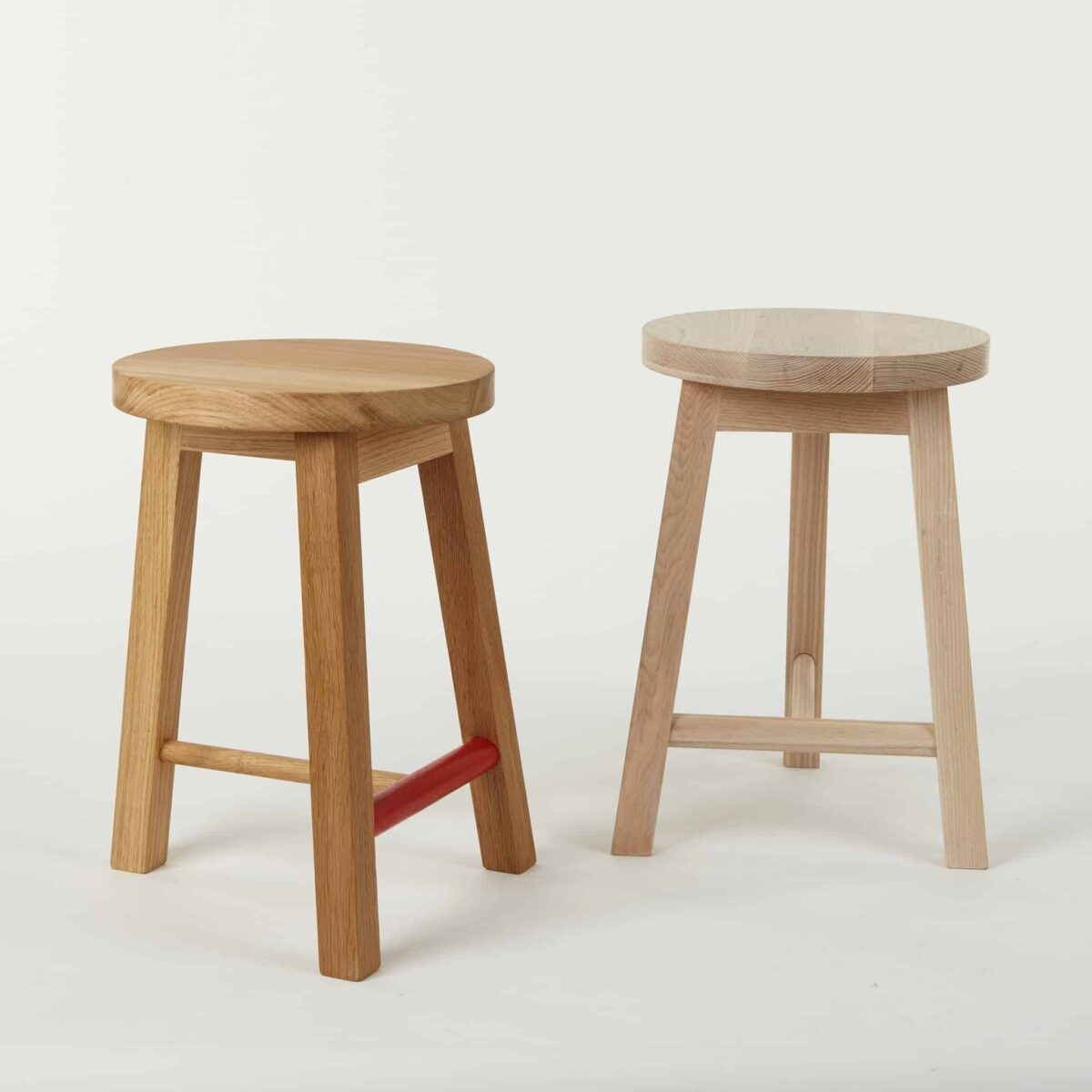 series-two-stool-round-oak-another-country-003